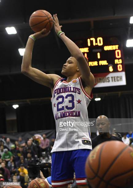 Kevin Knox II shoots during the 2017 McDonald's All American games POWERADE Jam Fest on March 27 2017 at the Illinois Institute of Technology in...
