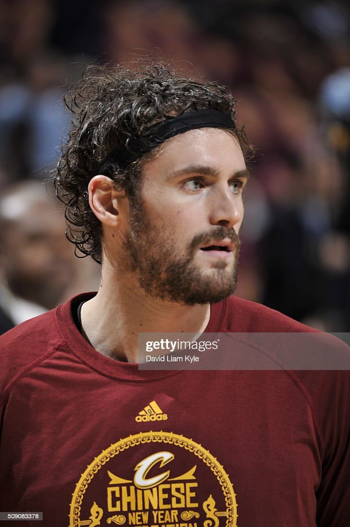 <a gi-track='captionPersonalityLinkClicked' href=/galleries/search?phrase=Kevin+Love&family=editorial&specificpeople=4212726 ng-click='$event.stopPropagation()'>Kevin Love</a> #0 of the Cleveland Cavaliers warms up before the game against the Sacramento Kings on February 8, 2016 at Quicken Loans Arena in Cleveland, Ohio.