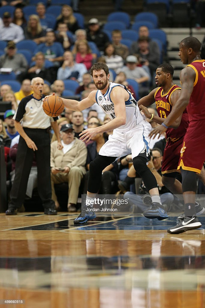 <a gi-track='captionPersonalityLinkClicked' href=/galleries/search?phrase=Kevin+Love&family=editorial&specificpeople=4212726 ng-click='$event.stopPropagation()'>Kevin Love</a> #42 of the Minnesota Timberwolves drives to the basket against the Cleveland Cavaliers on November 13, 2013 at Target Center in Minneapolis, Minnesota.
