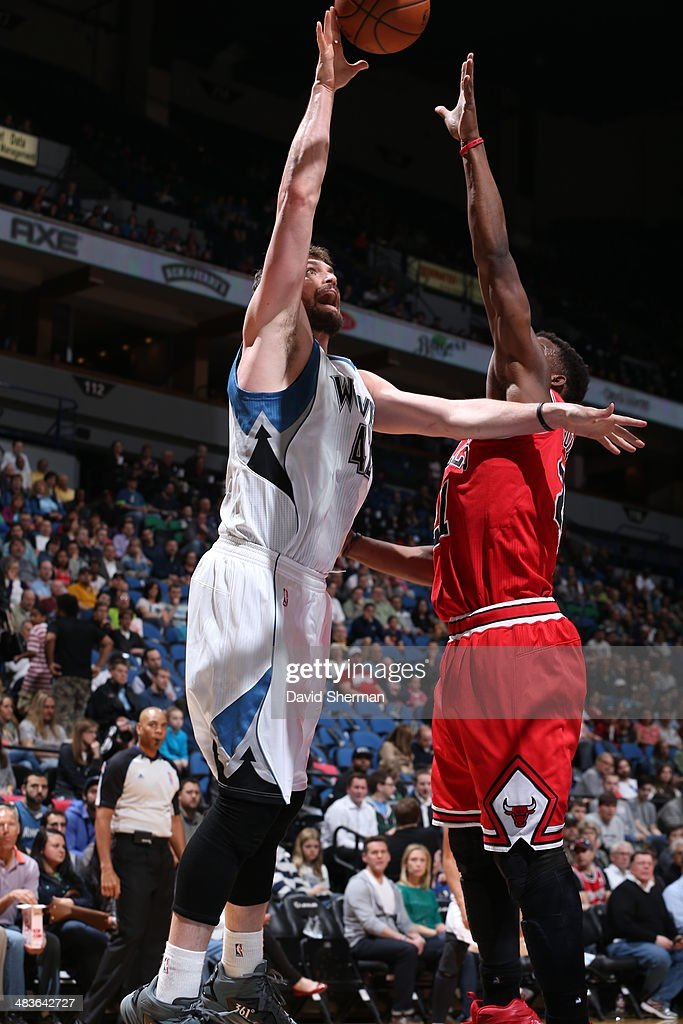 Kevin Love #42 of the Minnesota Timberwolves goes up for the layup against the Chicago Bulls during the game on April 9, 2014 at Target Center in Minneapolis, Minnesota.
