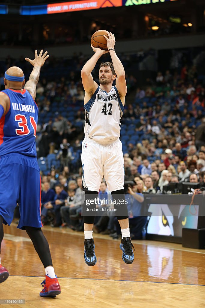 <a gi-track='captionPersonalityLinkClicked' href=/galleries/search?phrase=Kevin+Love&family=editorial&specificpeople=4212726 ng-click='$event.stopPropagation()'>Kevin Love</a> #42 of the Minnesota Timberwolves shoots the ball during the game against the Detroit Pistons on March 7, 2014 at Target Center in Minneapolis, Minnesota.