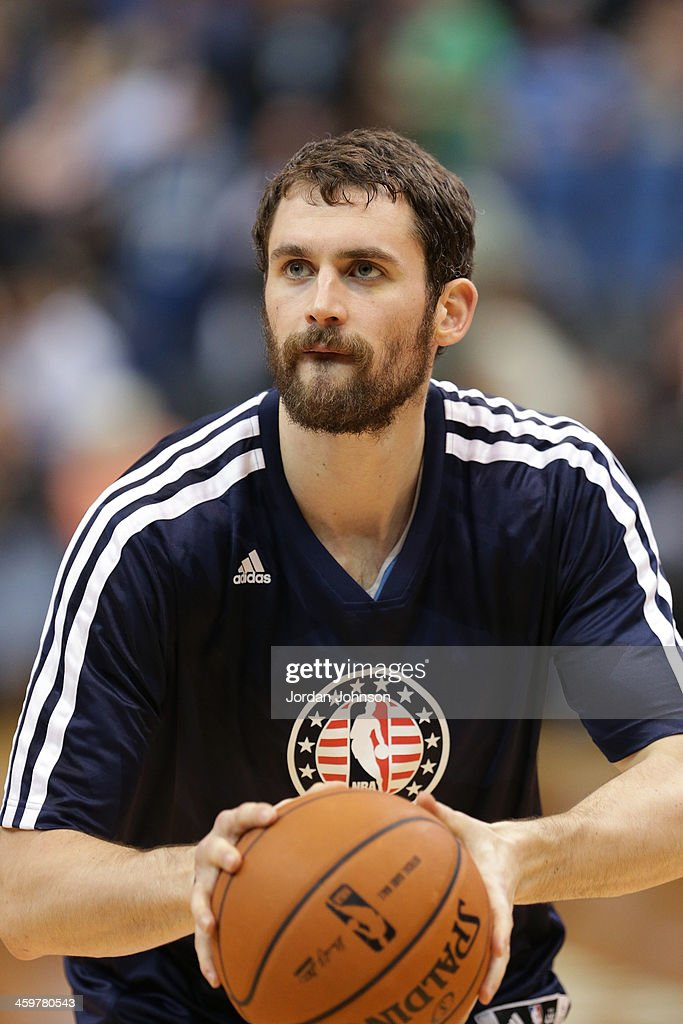 <a gi-track='captionPersonalityLinkClicked' href=/galleries/search?phrase=Kevin+Love&family=editorial&specificpeople=4212726 ng-click='$event.stopPropagation()'>Kevin Love</a> #42 of the Minnesota Timberwolves warms up before the game against the Dallas Mavericks on November 8, 2013 at Target Center in Minneapolis, Minnesota.