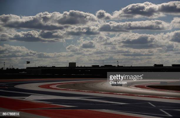Kevin Magnussen of Denmark driving the Haas F1 Team HaasFerrari VF17 Ferrari on track during qualifying for the United States Formula One Grand Prix...