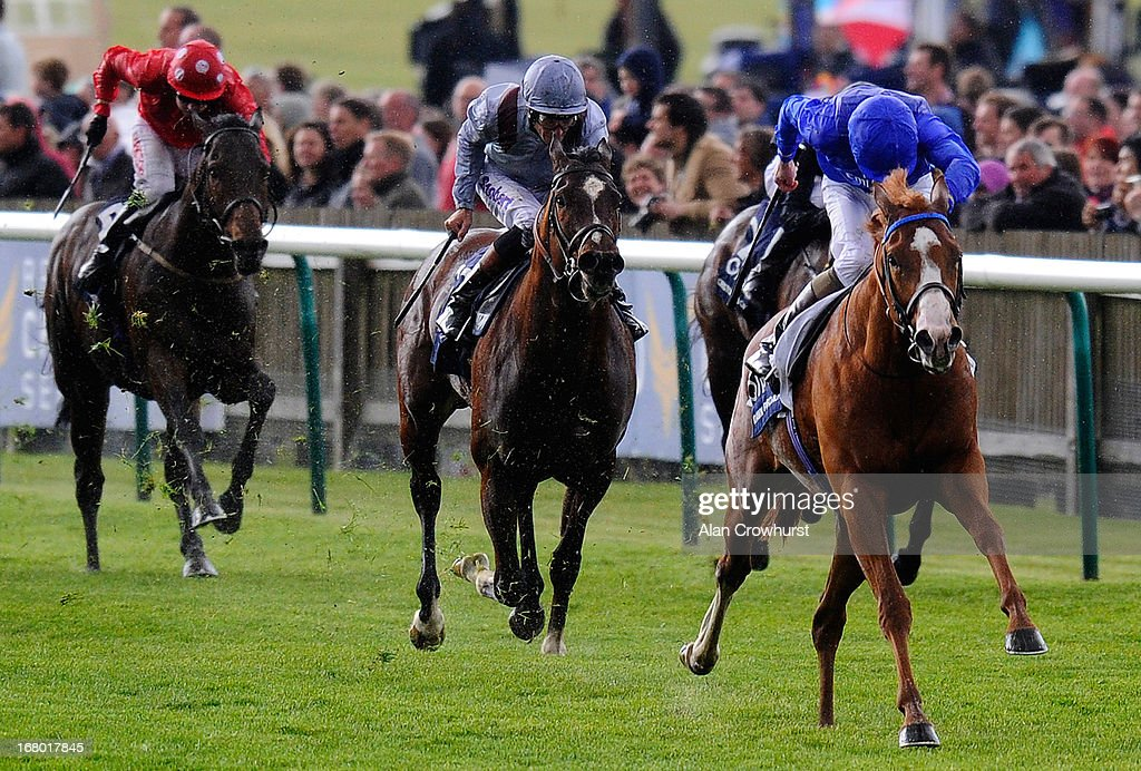 Kevin Manning riding Dawn Approach (R) win The Qipco 2000 Guineas Stakes at Newmarket racecourse on May 04, 2013 in Newmarket, England.
