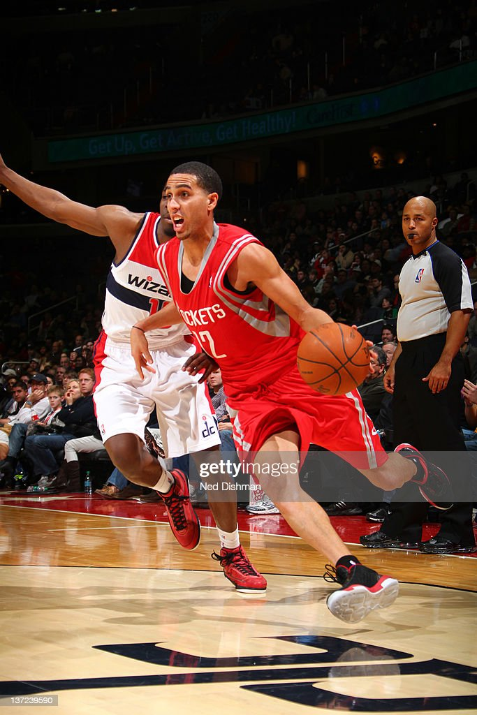 Kevin Martin #12 of the Houston Rockets drives against Jordan Crawford #15 of the Washington Wizards during the game at the Verizon Center on January 16, 2012 in Washington, DC.