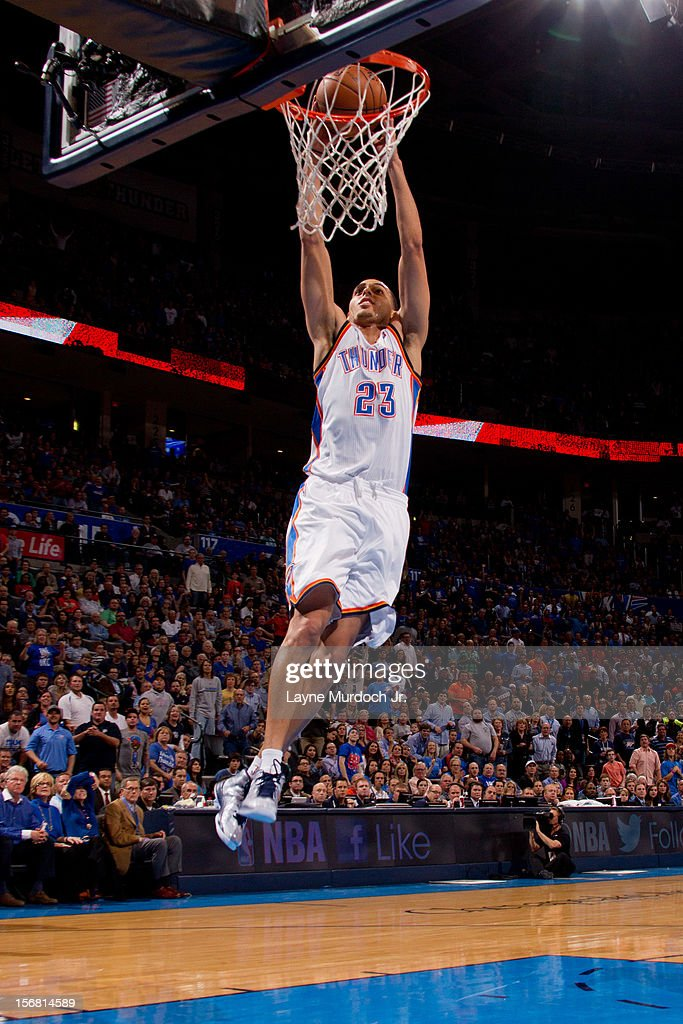 Kevin Martin #23 of the Oklahoma City Thunder dunks against the Los Angeles Clippers on November 21, 2012 at the Chesapeake Energy Arena in Oklahoma City, Oklahoma.