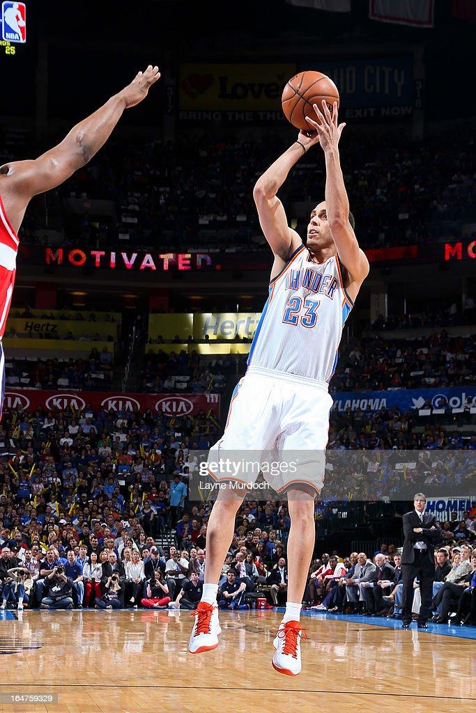 Kevin Martin #23 of the Oklahoma City Thunder shoots against the Washington Wizards on March 27, 2013 at the Chesapeake Energy Arena in Oklahoma City, Oklahoma.