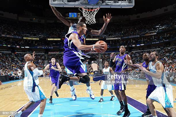 Kevin Martin of the Sacramento Kings drives to the basket during the game against the New Orleans Hornets at New Orleans Arena on October 30 2009 in...
