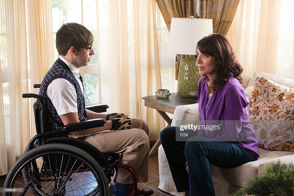 Kevin McHale (L) and Katey Sagal star in the 'Wonder'ful' episode of GLEE airing Thursday, May 2, 2013 (9:00-10:00 PM ET/PT) on FOX.