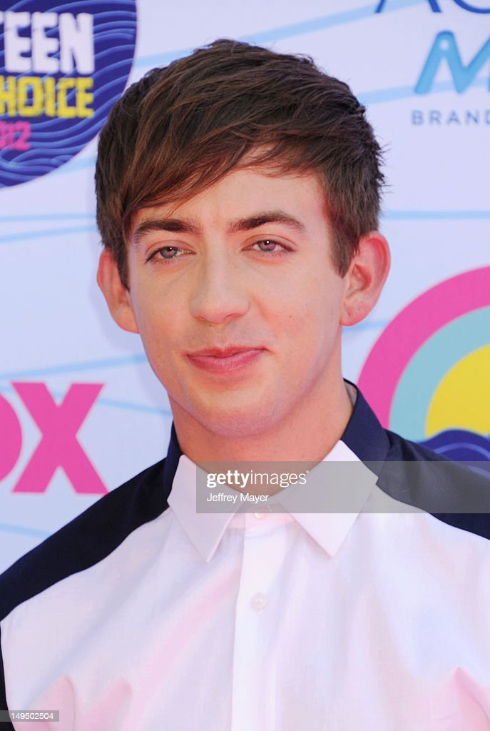 Kevin McHale arrives at the 2012 Teen Choice Awards at Gibson Amphitheatre on July 22, 2012 in Universal City, California.
