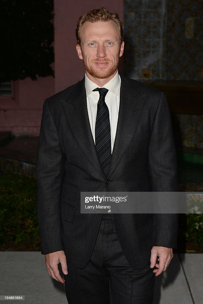 <a gi-track='captionPersonalityLinkClicked' href=/galleries/search?phrase=Kevin+McKidd&family=editorial&specificpeople=808099 ng-click='$event.stopPropagation()'>Kevin McKidd</a> arrives at 23rd Annual Chris Evert/Raymond James Pro-Celebrity Tennis Classic Gala at Boca Raton Resort on October 27, 2012 in Boca Raton, Florida.