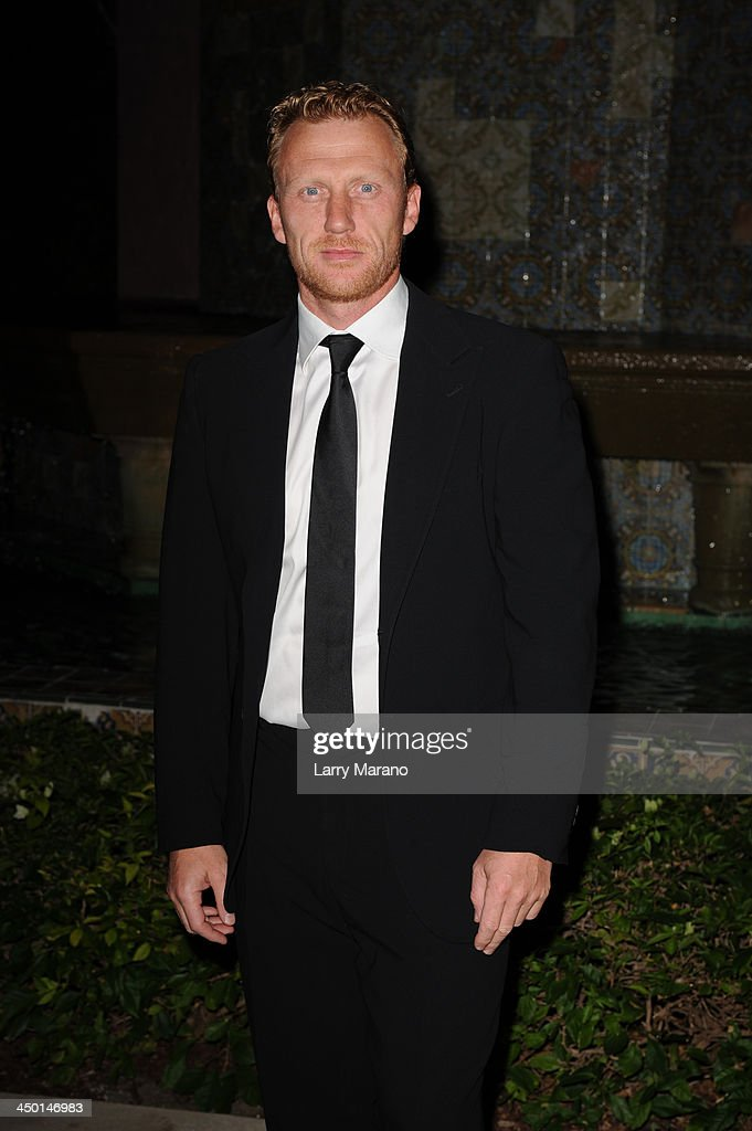 <a gi-track='captionPersonalityLinkClicked' href=/galleries/search?phrase=Kevin+McKidd&family=editorial&specificpeople=808099 ng-click='$event.stopPropagation()'>Kevin McKidd</a> arrives at the 2013 Chris Evert Pro-Celebrity Tennis Classic Gala at Boca Raton Resort on November 16, 2013 in Boca Raton, Florida.
