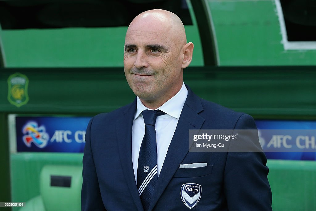 <a gi-track='captionPersonalityLinkClicked' href=/galleries/search?phrase=Kevin+Muscat&family=editorial&specificpeople=242953 ng-click='$event.stopPropagation()'>Kevin Muscat</a>, head coach of Melbourne Victory, looks on during the AFC Champions League Round Of 16 match between Jeonbuk Hyundai Motors and Melbourne Victory at Jeonju World Cup Stadium on May 24, 2016 in Jeonju, South Korea.