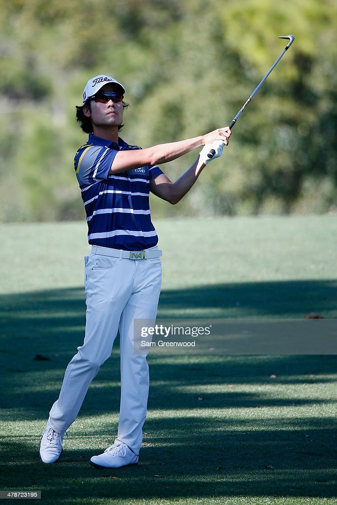 Kevin Na plays a shot on the 7th fareway during the second round of the Valspar Championship at Innisbrook Resort and Golf Club on March 14, 2014 in Palm Harbor, Florida.