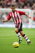 Kevin Phillips of Southampton in action during the Barclays Premiership match between Southampton and West Bromwich Albion at St Marys Stadium on...