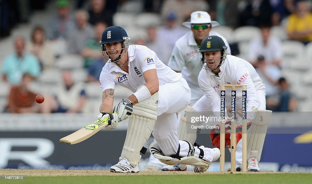 Kevin Pietersen of England bats during day one of the 1st Investec Test match between England and South Africa at The Kia Oval on July 19, 2012 in London, England.
