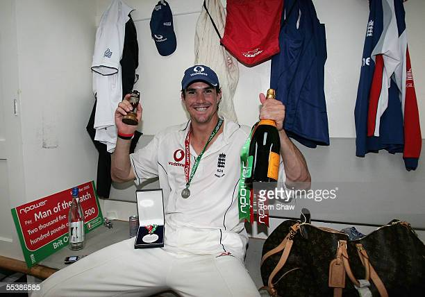 Kevin Pietersen of England holds the Ashes urn after England regained the Ashes during day five of the Fifth npower Ashes Test match between England...