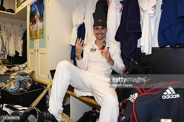 Kevin Pietersen of England poses with the urn in the dressing room after winning the Ashes during day five of the 5th Investec Ashes Test match...