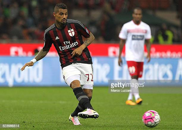 Kevin Prince Boateng of AC Milan in action during the Serie A match between AC Milan and Carpi FC at Stadio Giuseppe Meazza on April 21 2016 in Milan...