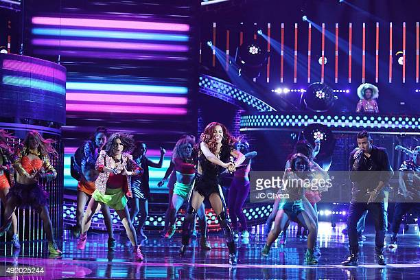 Kevin Roldan Natalie La Rose and De La Ghetto perform onstage during Telemundo's Latin American Music Awards 2015 at Dolby Theatre on October 8 2015...