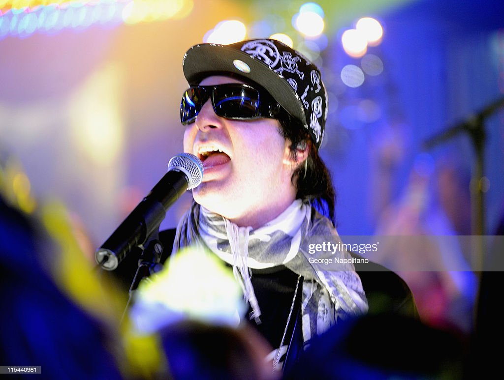 Kevin Rudolf performs at a pretaping of the 2009 MTV New Year's Eve program at the MTV studios on December 15 2008 in New York City