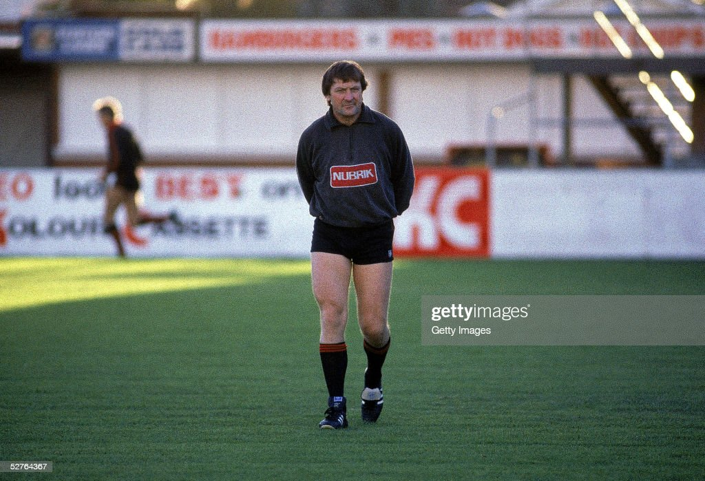 Kevin Sheedy, coach of the Bombers looks on during a VFL Essendon Bombers training session 1985, in Melbourne, Australia.
