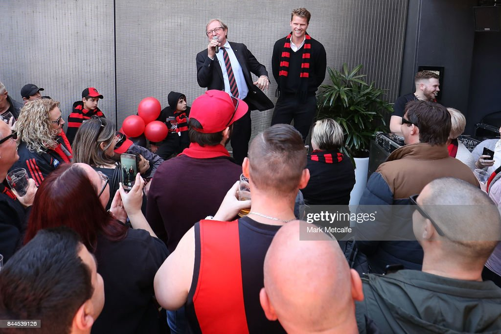 Essendon Bombers Fans Arrive In Sydney