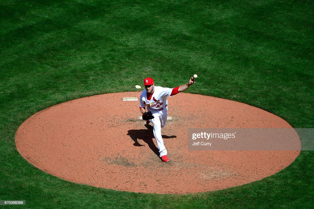 Kevin Siegrist #46 of the St. Louis Cardinals pitches during the eighth inning against the Pittsburgh Pirates at Busch Stadium on April 19, 2017 in St Louis, Missouri.
