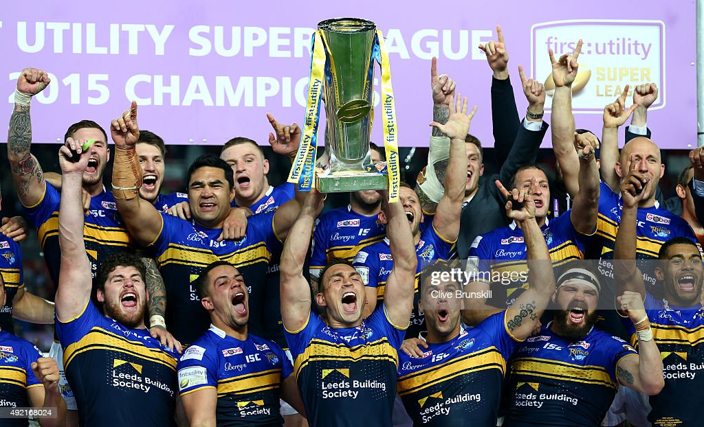 Kevin Sinfield of the Leeds Rhinos celebrates as he holds the trophy aloft with his team mates after the First Utility Super League Grand Final...