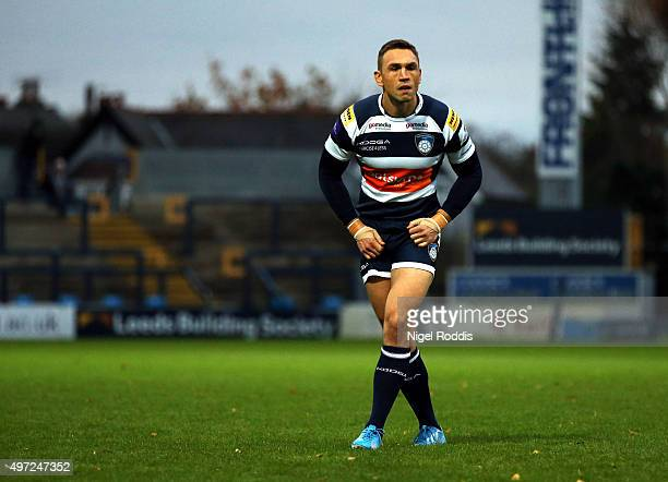 Kevin Sinfield of Yorkshire Carnegie during the British Irish Cup match between Yorkshire Carnegie and Ospreys A at Headingley Stadium on November 15...