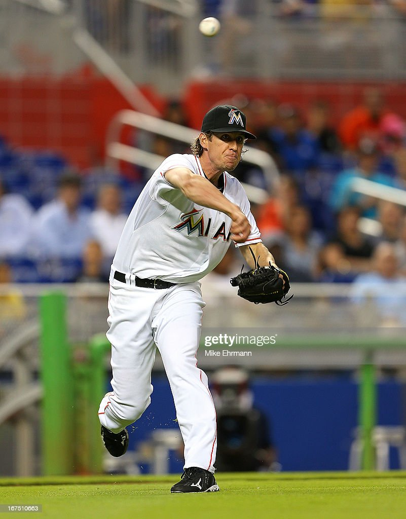 Kevin Slowey #45 of the Miami Marlins makes a throw to first during a game against the Chicago Cubs at Marlins Park on April 25, 2013 in Miami, Florida.
