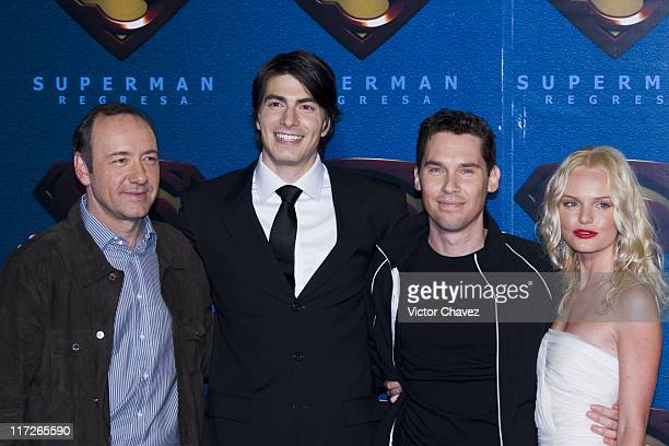 Kevin Spacey Brandon Routh Bryan Singer director and Kate Bosworth