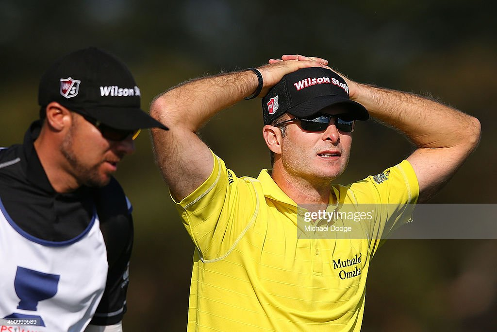 Kevin Streelman from the USA reacts after his approach to the 18th green during day one of the World Cup of Golf at Royal Melbourne Golf Course on November 21, 2013 in Melbourne, Australia.