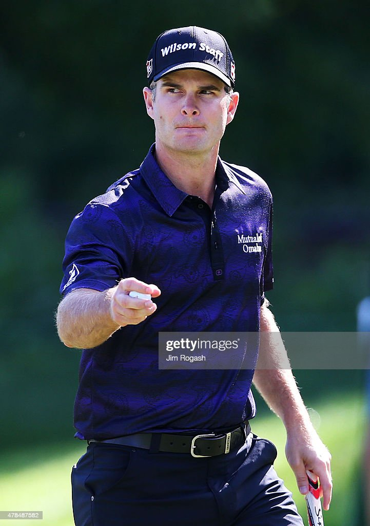 Kevin Streelman reacts on the 13th green during the first round of the Travelers Championship at TPC River Highlands on June 25, 2015 in Cromwell, Connecticut.