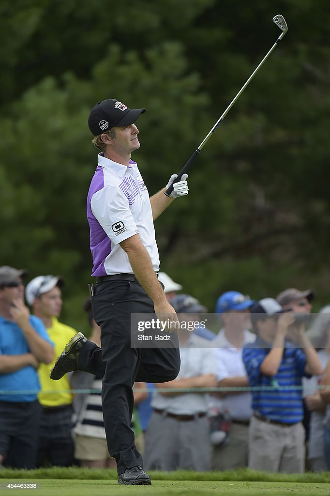 <a gi-track='captionPersonalityLinkClicked' href=/galleries/search?phrase=Kevin+Streelman&family=editorial&specificpeople=4687006 ng-click='$event.stopPropagation()'>Kevin Streelman</a> reacts to his tee shot on the second hole during the third round of the Deutsche Bank Championship at TPC Boston on August 31, 2014 in Norton, Massachusetts.