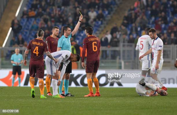 Kevin Strootman during the Europe League football match AS Roma vs Olympique Lyonnais at the Olympic Stadium in Rome on march 16 2017