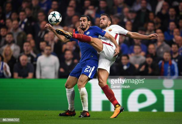 Kevin Strootman of AS Roma and Davide Zappacosta of Chelsea battle for possession during the UEFA Champions League group C match between Chelsea FC...