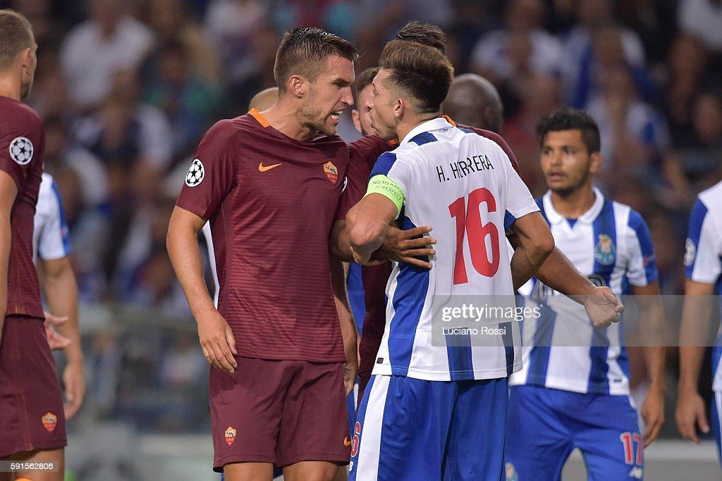Porto v AS Roma: UEFA Champions League : News Photo