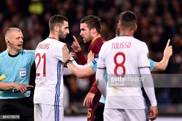 Kevin Strootman of AS Roma and Maxime Gonalons of Olympique Lyonnais during the UEFA Europa League match between Roma and Olympique Lyonnais at...