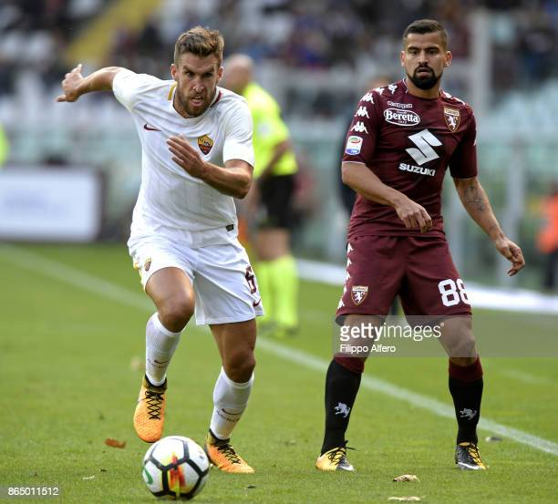 Kevin Strootman of AS Roma and Tomas Rincon of Torino during the Serie A match between Torino FC and AS Roma at Stadio Olimpico di Torino on October...