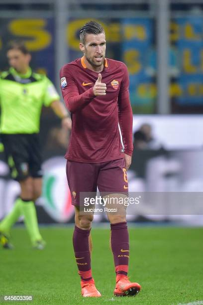 Kevin Strootman of AS Roma during the Serie A match between FC Internazionale and AS Roma at Stadio Giuseppe Meazza on February 26 2017 in Milan Italy