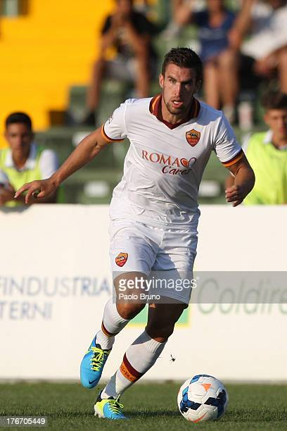 Kevin Strootman of AS Roma in action during the preseason friendly match between Ternana Calcio and AS Roma at Stadio Libero Liberati on August 17...