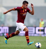 Kevin Strootman of AS Roma in action during the Serie A match between AS Roma and Hellas Verona FC at Stadio Olimpico at Stadio Olimpico on September...