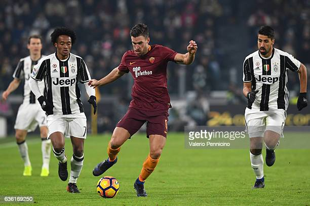 Kevin Strootman of AS Roma in action during the Serie A match between Juventus FC and AS Roma at Juventus Stadium on December 17 2016 in Turin Italy
