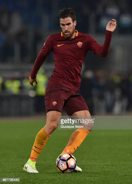 Kevin Strootman of AS Roma in action during the TIM Cup match between AS Roma and SS Lazio at Stadio Olimpico on April 4 2017 in Rome Italy