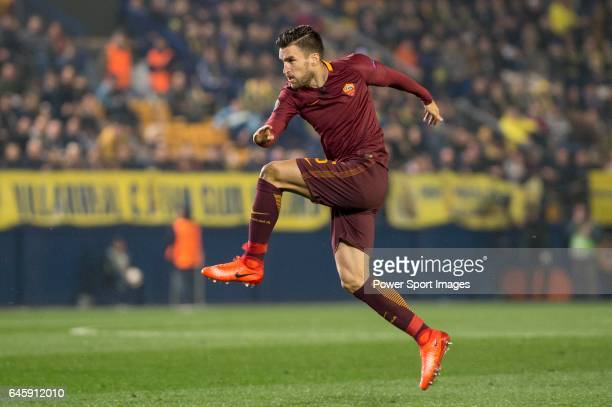 Kevin Strootman of AS Roma kicks the ball during the match Villarreal CF vs AS Roma during their UEFA Europa League 201617 Round of 32 match at the...
