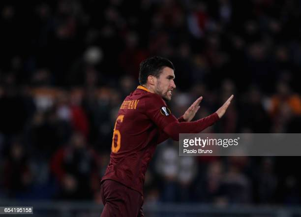 Kevin Strootman of AS Roma reacts after scoring the team's first goal during the UEFA Europa League Round of 16 second leg match between AS Roma and...