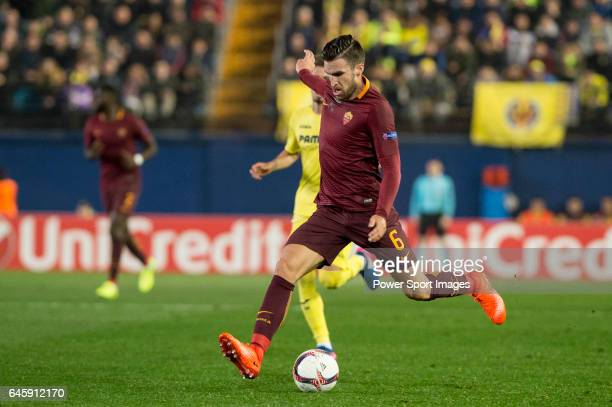 Kevin Strootman of AS Roma runs with the ball during the match Villarreal CF vs AS Roma during their UEFA Europa League 201617 Round of 32 match at...