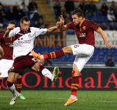 Kevin Strootman of AS Roma scores the second team's goal during the Serie A match between AS Roma and AS Livorno Calcio at Stadio Olimpico on January...