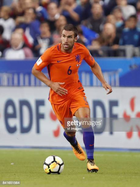 Kevin Strootman of Holland during the FIFA World Cup 2018 qualifying match between France and Netherlands on August 31 2017 at Stade de France in...